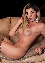 Gorgeous Valentina Hott is back once again to show off those stroking skills. That delicious cock of hers is just scrumptious. This girl is simply fuc