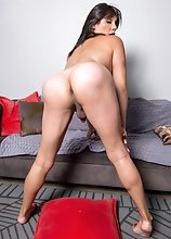 Young Latina tgirl Lovelie Wood posing and showing off her great body.