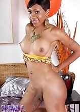 Adorable ebony shemale Sexxxy Jade posing